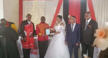 Inkosi Gomani V marries South African bride-Political leaders attend.