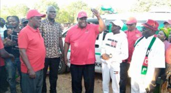 Ken Zikhale Ng'oma donates Ambulance, Maize Mill  to people of Nkhatabay