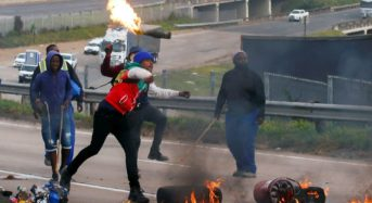 Government urges Malawians in South Africa not to join the looting
